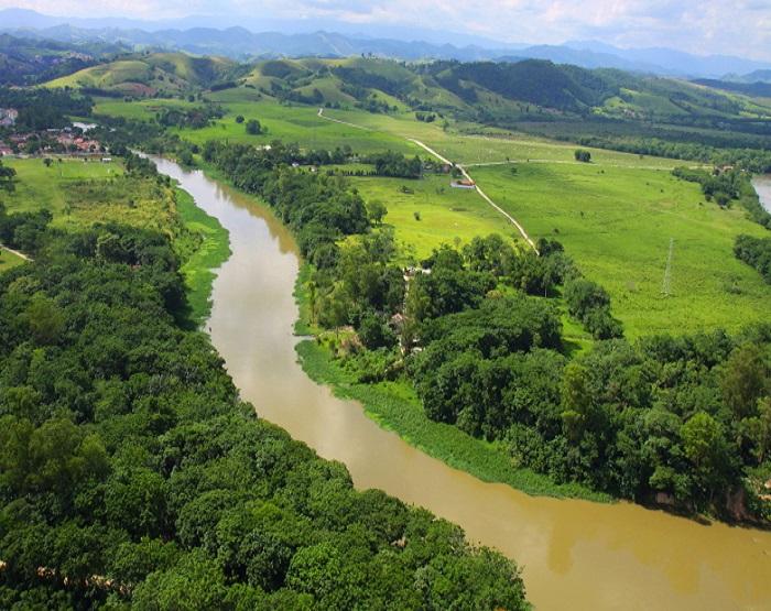 Paraíba-do-Sul-será-ligado-ao-sistema-Cantareira-via-BNDES.jpg