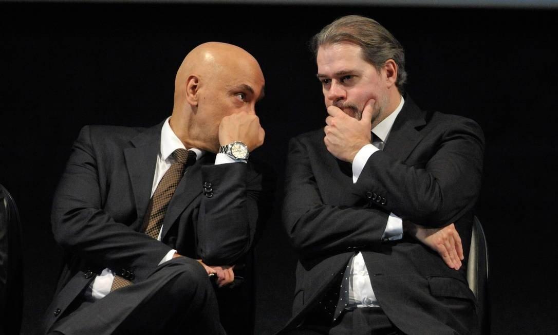 Pedido de Impeachment é feito contra Dias Toffoli e o ministro Alexandre de Morais