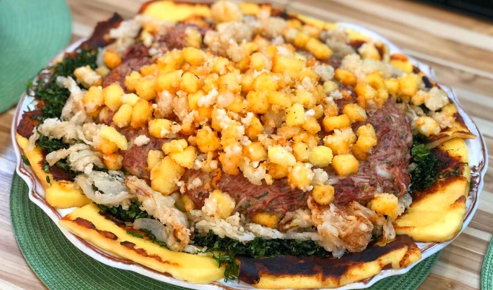 Carne seca com nata e pipoca de queijo coalho