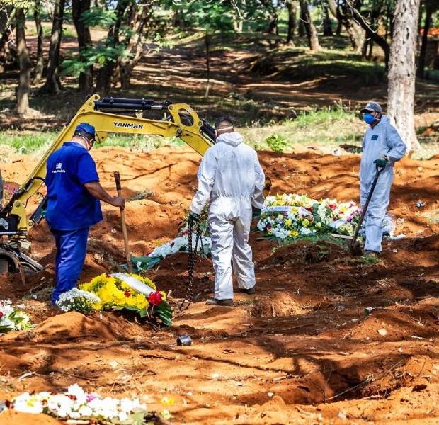 Com 1.473 mortes, Brasil passa a Itália ao totalizar 34.021 óbitos por covid-19