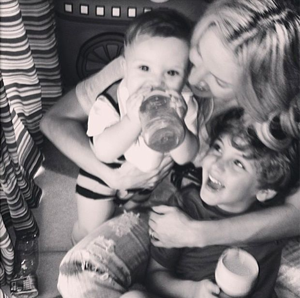 Claudia Leitte mostra momento fofo com filhos | Band Folia