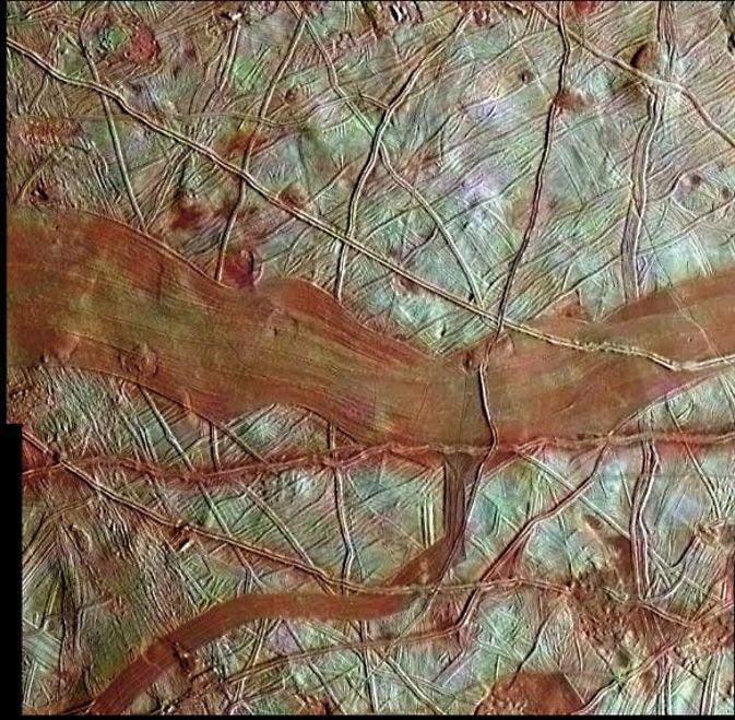 Resultado de imagem para oceano em júpiter, lua europa