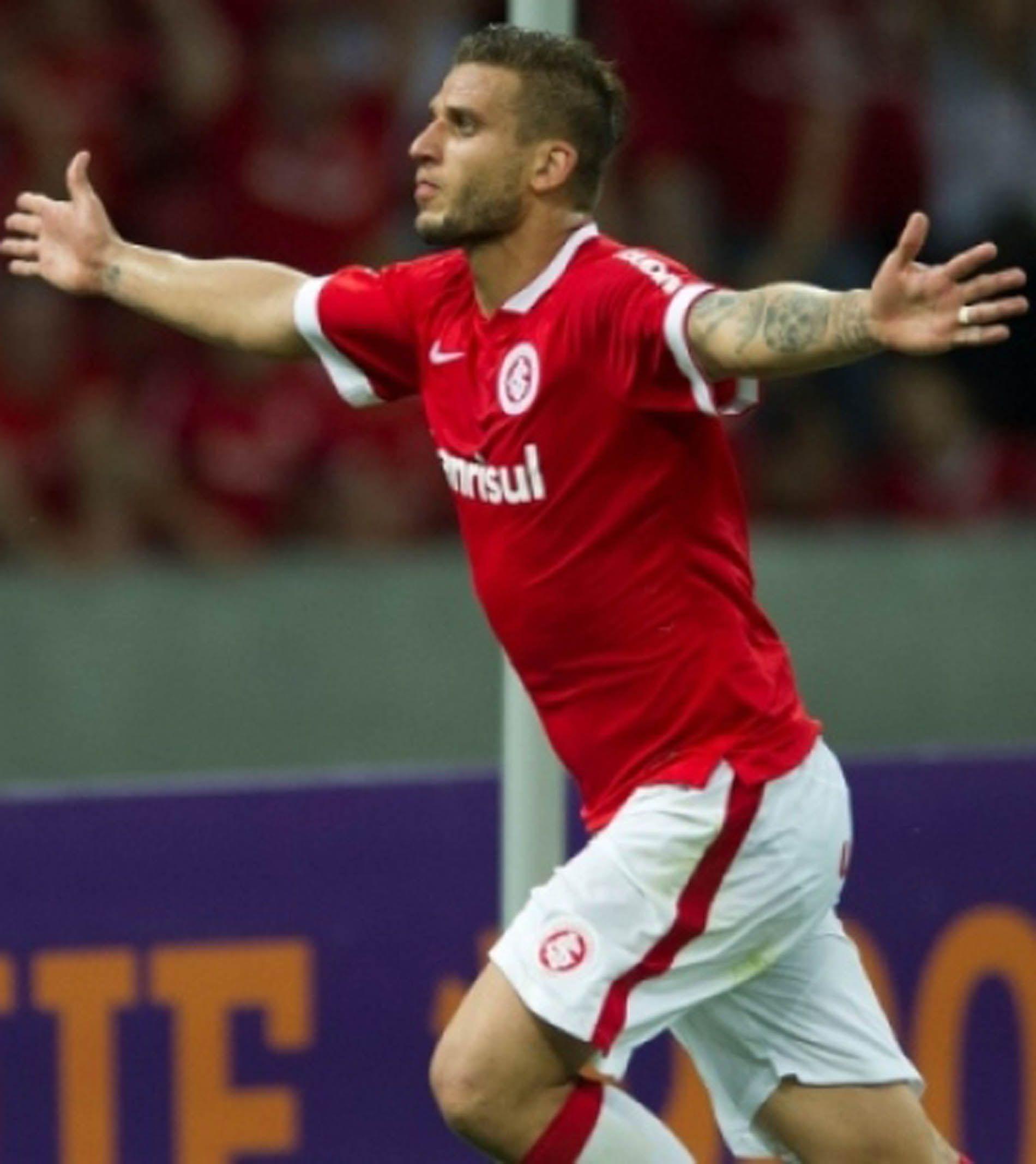 Rafael Moura Segue Na Pauta Do Atlético