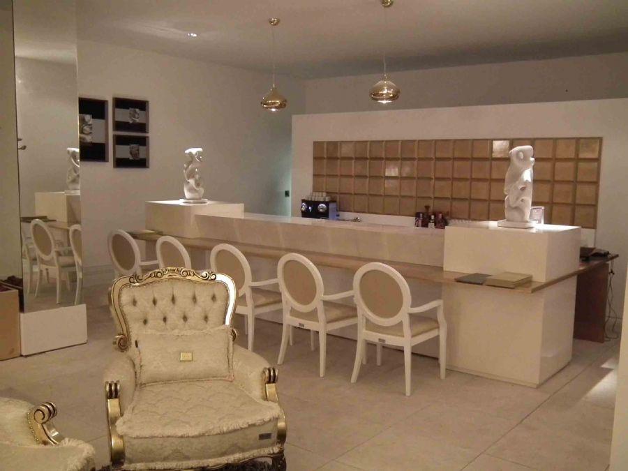 Dicas de como decorar um ambiente com glamour mudiario for Decorar casa quinta